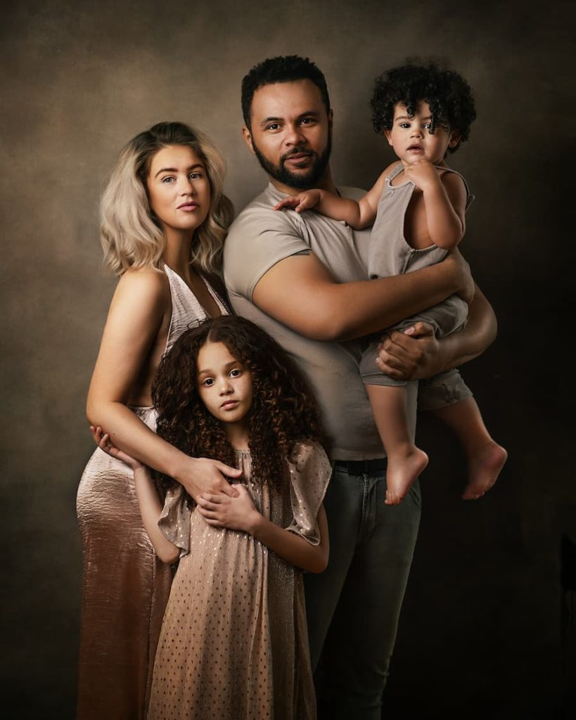 Family Photoshoot - Family Portrait Photography - Paulina Duczman