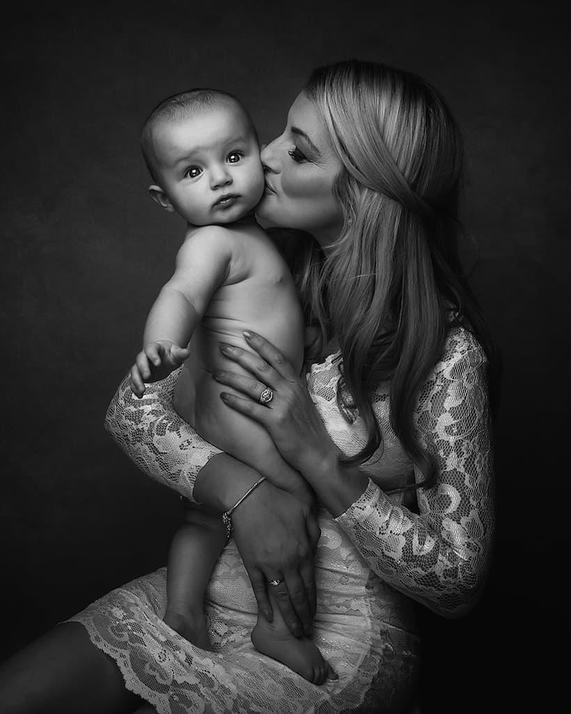 Mommy & Baby Photography - Kettering, Northamptonshire - Paulina Duczman Photography