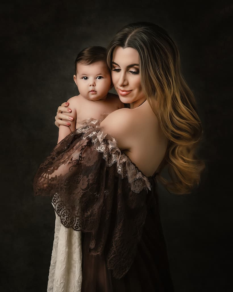 Mommy and Baby Portrait Photography - Kettering, Northamptonshire - Paulina Duczman Photography